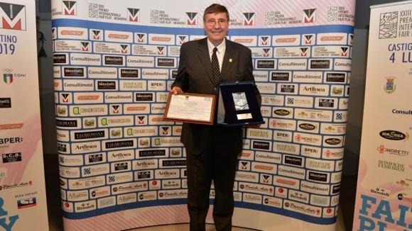 Шефът на родия баскетбол получи престижна награда в Италия