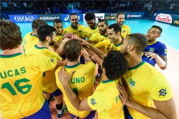 Бразилия на полуфинал след невероятна драма срещу Иран (видео + снимки)