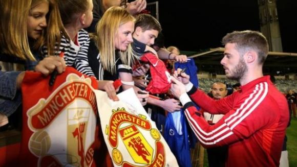 Манчестър Юнайтед прави Де Хеа най-скъпоплатения вратар във футбола