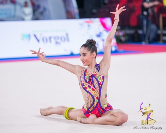 Ева Брезалиева се класира за финала на въже с втора по сила оценка на Световното