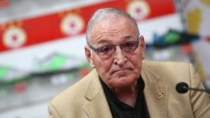 Димитър Пенев предупреди: Трябва да бъдем много внимателни (видео)