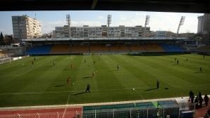 """Ще """"връщат футбола в Бургас"""" с мач пред общината"""