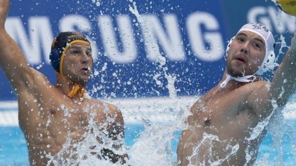 Испания изненада олимпийския шампион Сърбия