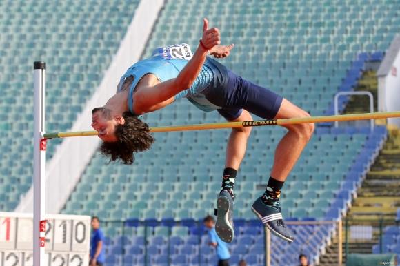 Тихомир Иванов: Надявам се да скоча 2.33 м на Световното