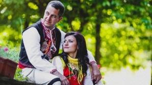 Стойка Петрова вдигна автентична българска сватба
