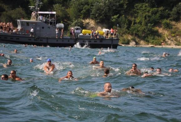 """За първи път маратонът """"Галата – Варна"""" ще стартира от сушата"""