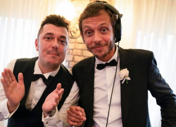 Валентино Роси се превърна в DJ