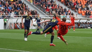 Асистенция на Хичо в дербито срещу Ивелин Попов (видео)