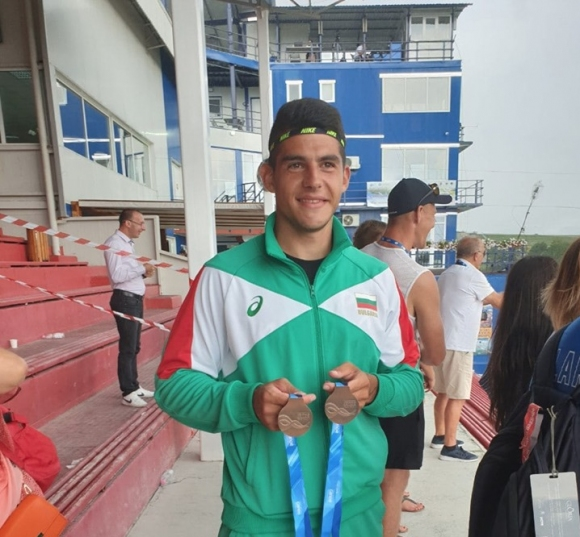 Ангел Кодинов с два медала от световното до 23 години в Румъния