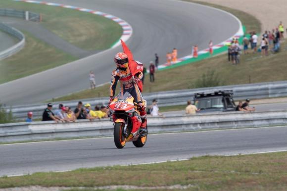 Рекорд след рекорд за Маркес в MotoGP