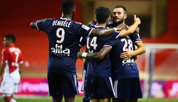 Лион не показа милост към Монако