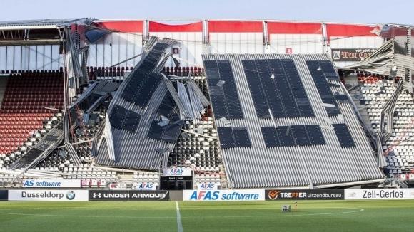 АЗ Алкмаар приема Мариупол в Хага след срутването на клубния стадион