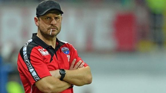 Падерборн подписа нов договор с треньора Баумгарт