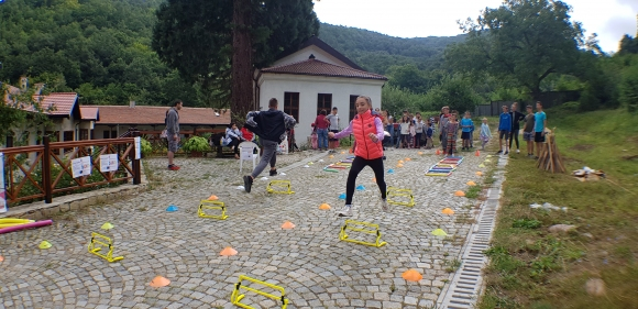 Деца спортуваха в Германски манастир Св. Иван Рилски