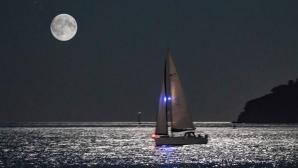 Ветроходно плаване по пълнолуние в навечерието на празника на Варна