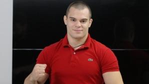 Живко Стоименов продължава с предизвикателствата на ринга