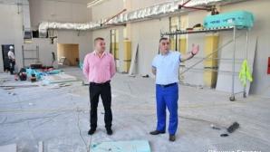 Стена за катерене ще бъде  изградена в спортна  зала