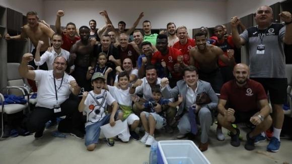 Пашов и Арарат-Армения са на крачка от групите на Лига Европа, българският национал с асистенция (видео)