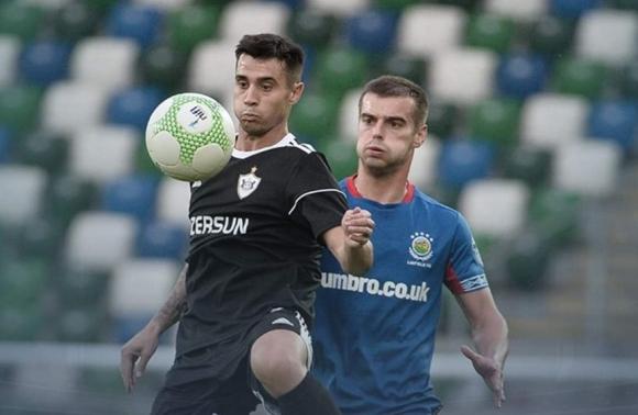 Карабах загуби, но остава в играта, Славчев не игра
