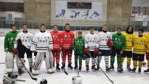 Млади хокеисти от Балканите на тренировъчен лагер в София