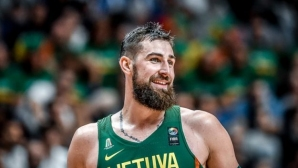 Литва с лесна победа срещу Южна Корея