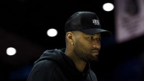 Неш вярва, че Казънс има бъдеще в НБА