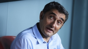 Валверде: Англичаните са виновни, че не можем да играем с осем халфа