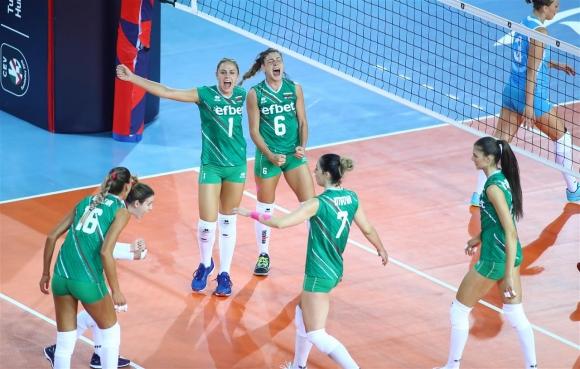 България взе само гейм и на Турция на Евроволей 2019 (снимки)