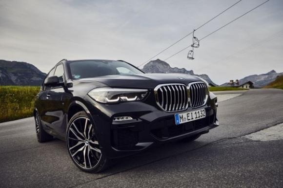 Електризираща мощност с новото BMW X5 xDrive45e