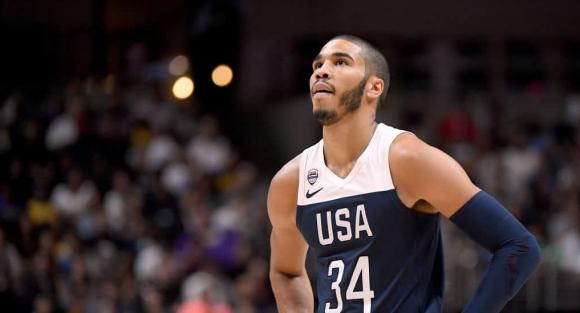 Една от звездите на САЩ се контузи в мача с Турция
