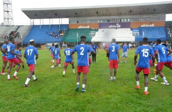 В Либерия се оплакаха от атака с камъни преди мача със Сиера Леоне