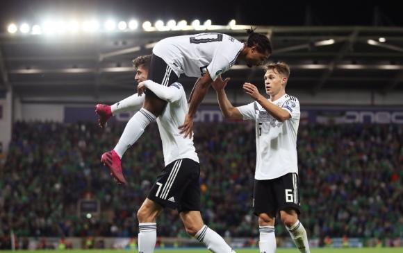 Германия се съвзе и поведе в групата си (видео)