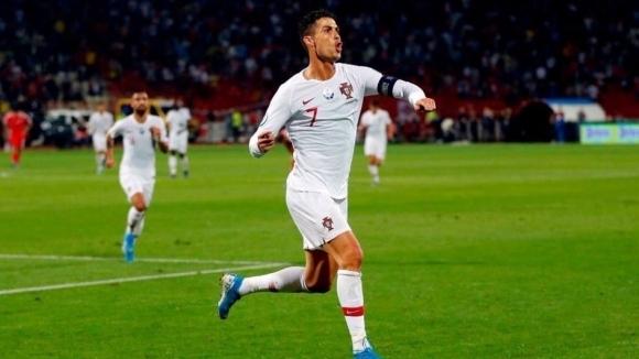 Роналдо изригна с четири гола и помете Литва (видео)