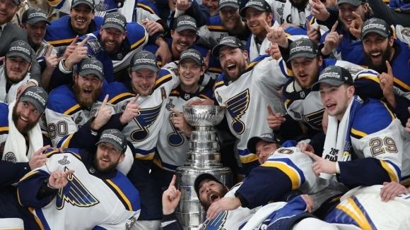 Играчите в НХЛ няма да спират редовния сезон