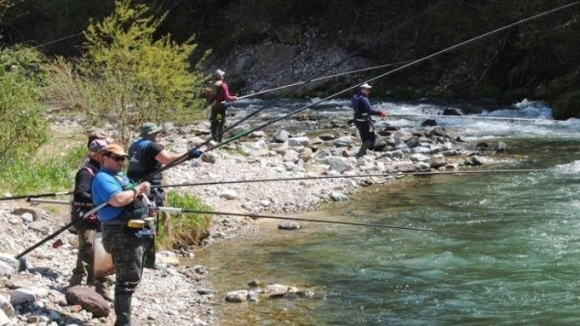 14 отбора на световното клубно първенство по риболов на пъстърва в Девин