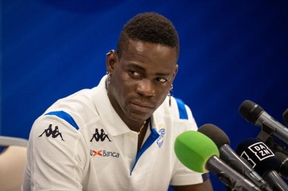 Балотели: В много добра форма съм, но още не съм готов за мачове