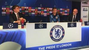 Бойкот: нито един футболист на Валенсия не седна до Селадес за официалната пресконференция