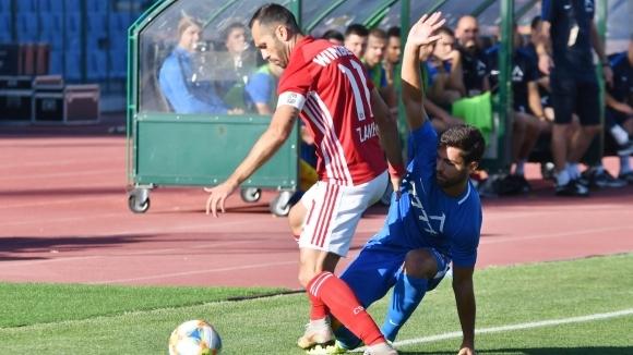 УЕФА готви футболна и финансова тесла за клубовете от България! Ще има ли бунт в Европа?