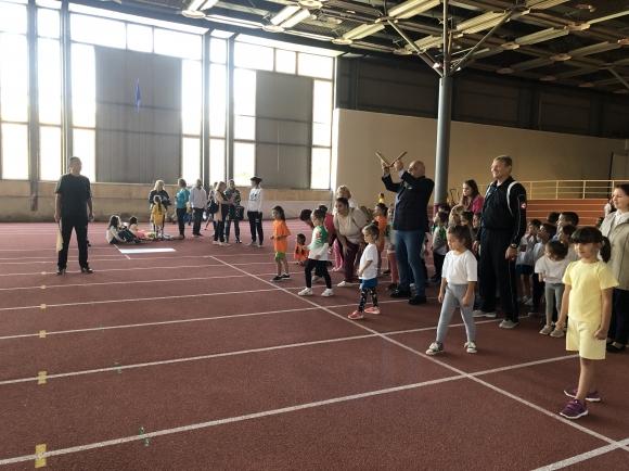 Министър Кралев откри ремонтираната зала за лека атлетика в Добрич