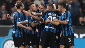 Интер усмири Лацио и продължава безупречния си ход в Калчото (видео)
