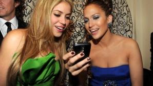 Шакира и Дж. Лопес пеят на Супербоул LIV