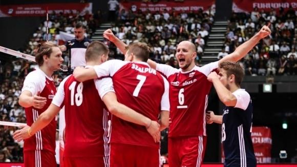 Курек се завърна в игра! Полша срази Япония (видео + снимки)