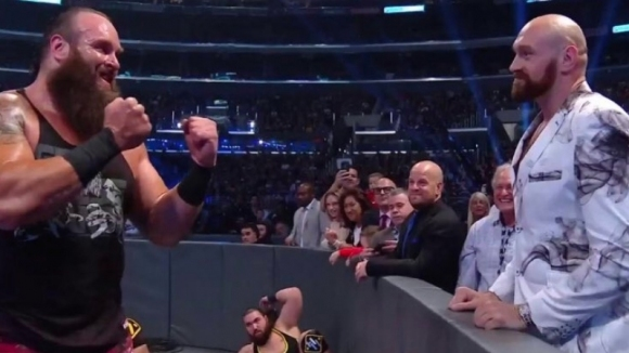 """Тайсън Фюри също """"цъфна"""" на WWE - SmackDown (видео)"""