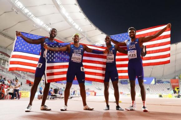 Американска доминация на 4 по 100 м при мъжете с второ време в историята