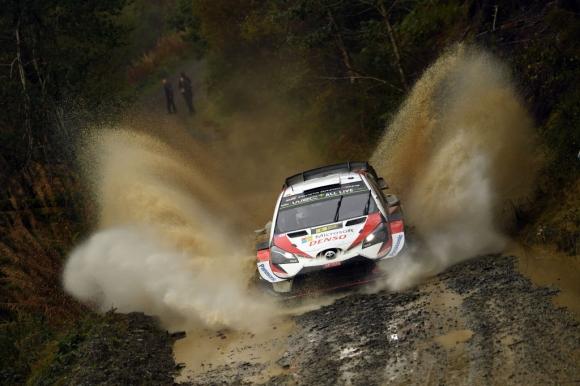 Танак се доближи до първа титла във WRC с победа на рали Великобритания