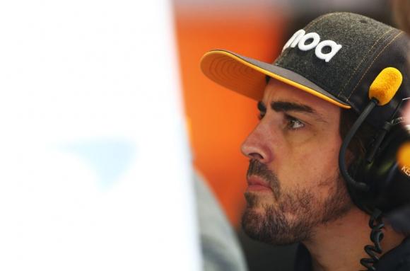 Фернандо Алонсо катастрофира на рали Мароко