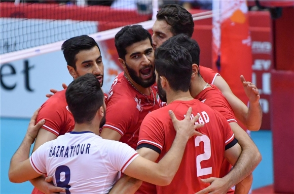 Иран с чиста победа над Тунис (видео + снимки)
