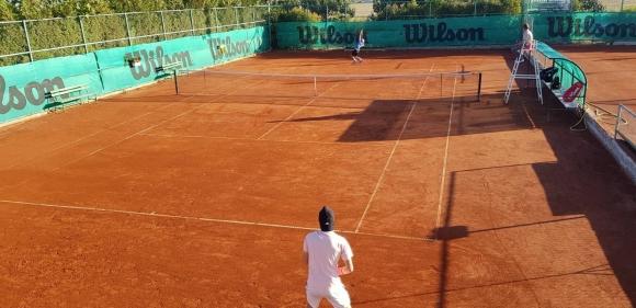 Лазаров спечели дербито с Донев на ITF турнира в Бургас