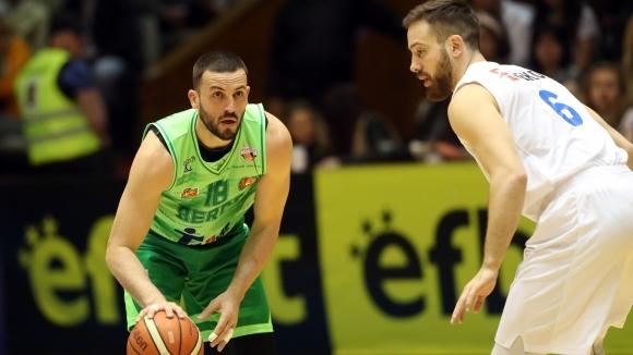 Филип Виденов спира с баскетбола