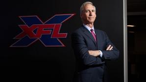 XFL примамва колежански куотърбекове с гарантирани договори
